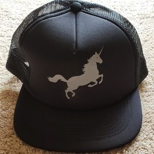 Unicorn mesh hat